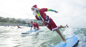320 Surf Lesson Santas in Australia