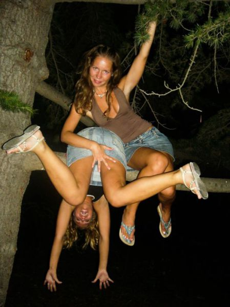 Girls Having Fun016