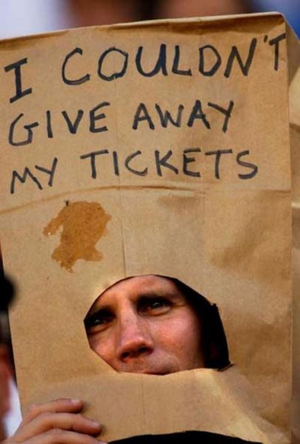 crazy-and-hilarious-sports-fans17