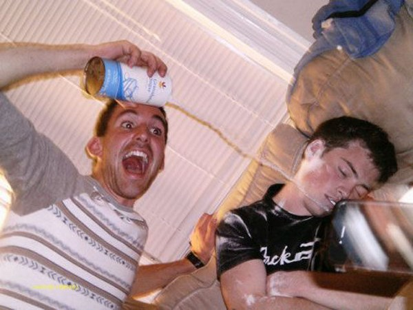 hilarious-drunk-and-wasted-people18