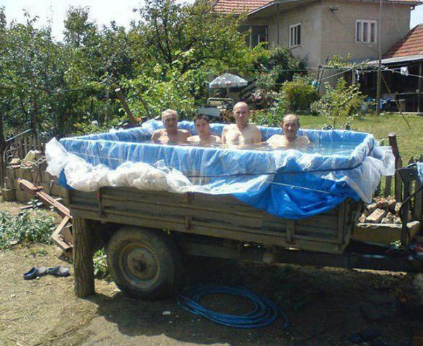 its-all-fun-and-games-with-these-summer-fails05