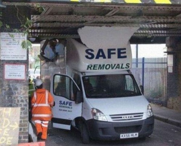 theres-so-much-irony-in-these-pictures13