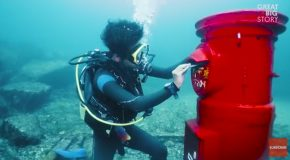 The World's Only Underwater Mailbox Was Built in Susami, Japan