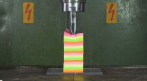 Crushing 10 Decks of Cards Using a Hydraulic Press