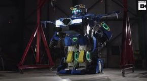 Engineers Build Amazing Lifesize Transformer Robot