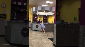 Chick Loses Her Mind And Wreaks Havoc In Planet Fitness!