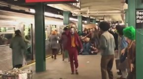 New Footage Of Joaquin Phoenix As The Joker