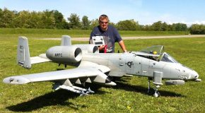 Giant A-10 Warthog With Brrrrt & Flare