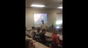 Student Comes Into Class 38 Years Later And Surprises His Teacher!