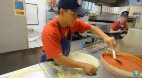 Incredibly Fast Domino's Guy Makes 3 Pizzas In 39 Seconds!